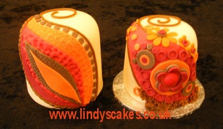 Autumn Inpired mini cakes by Lindy Smith