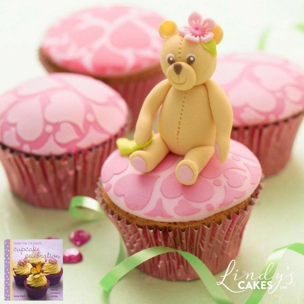 teddy bear cupcake by Lindy Smith