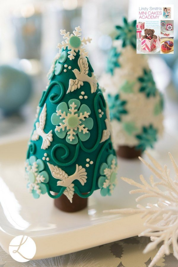 Time for tinsel mini Christmas tree cakes by Lindy Smith