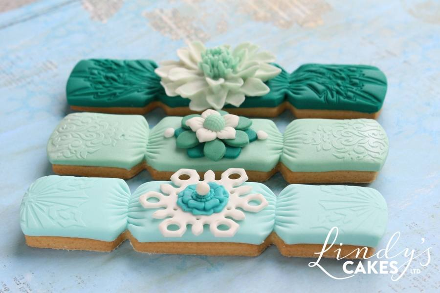 Green and aqua Christmas cracker cookies by Lindy Smith