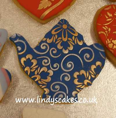 Maxine's stencilled teapot cookie