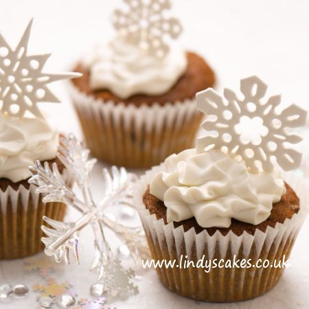 snowflake cupcakes perfect Christmas treat